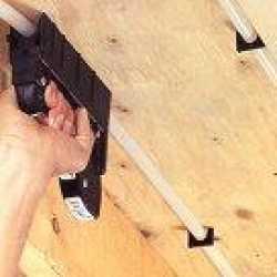 Manual Clip Gun